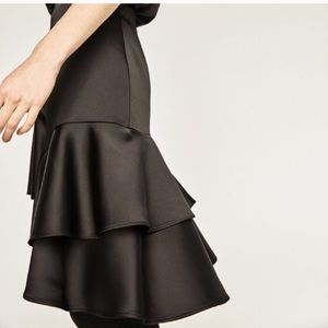 Black Zara frilled satin skirt